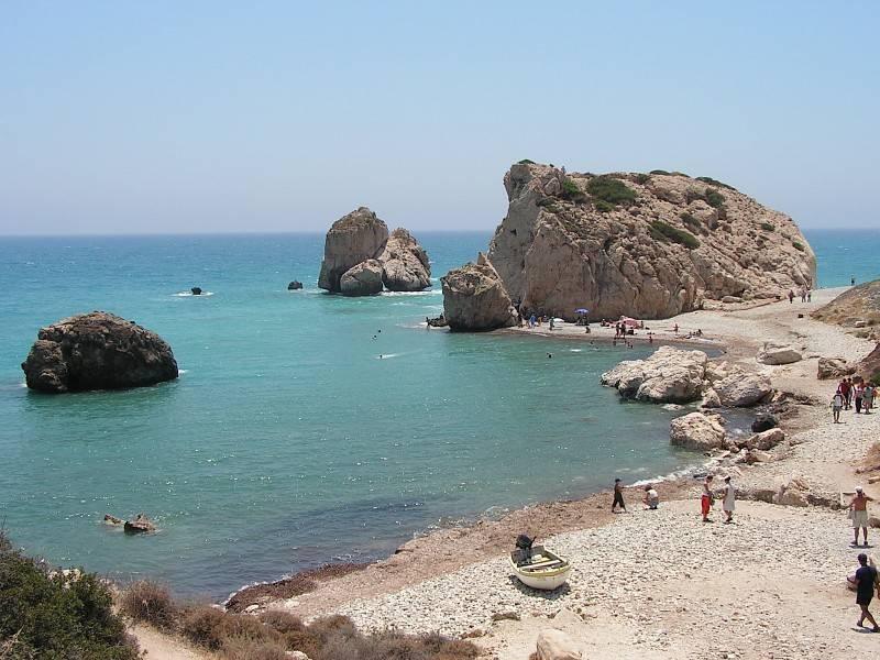Gavur Taşı plajı,, Kıbrıs Sahilleri - Transfer ve Kıbrıs Taksi Hizmeti